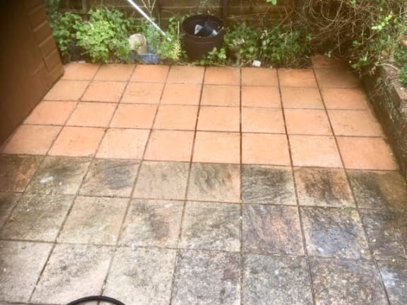 Jet Washing Bricks6