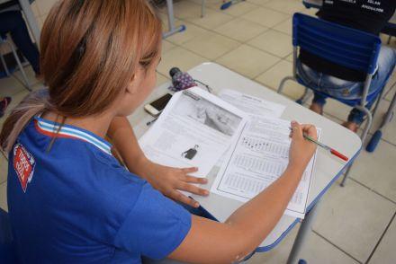 Enem tem 2º dia com provas difíceis de Matemática e Física