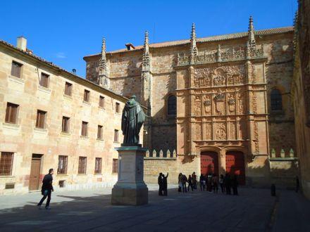 Programas do Banco Santander levam bolsistas para estudos em Espanha e China