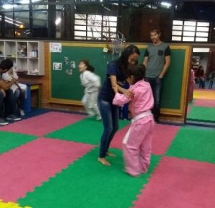 Famílias participam das aulas extracurriculares