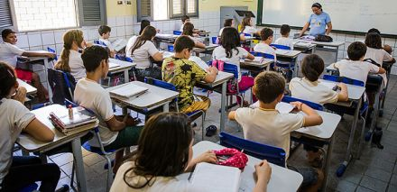Treinar professor para diminuir bagunça na sala melhora aprendizado