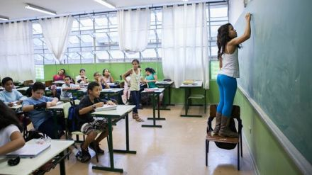 Currículo nacional do ensino básico avança e só espera aval de ministério