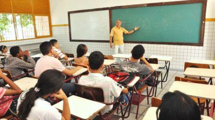 Fundação Abrinq promove programa de educação em escolas públicas