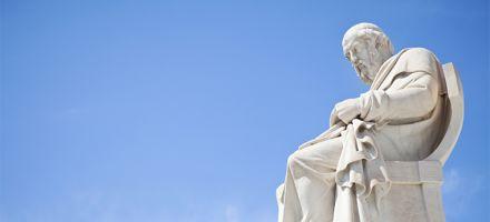 Alunos criam Domingão do Platão para discutir filosofia em canal do YouTube