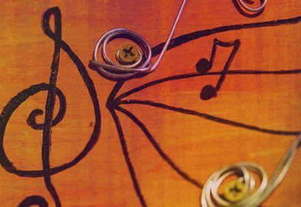 Professor usa o corpo como instrumento para desmistificar a música