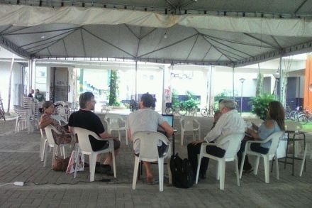 """UFPR Litoral pretende criar curso sobre""""golpe""""; apenas 14 pessoas comparecem à reunião inaugural"""
