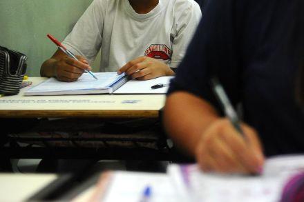 MEC é autorizado a pegar empréstimo de R$ 800 milhões para financiar reforma do Ensino Médio