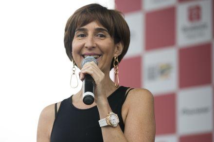 Após ser cotada para assumir Educação, Viviane Senna orienta Bolsonaro