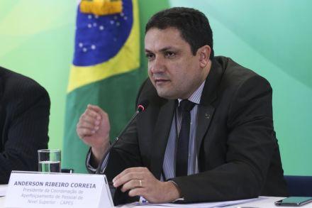 Comissão da Câmara aprova R$ 600 milhões para a Capes em 2020