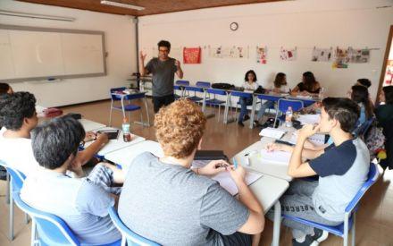 Estudantes do Ofélia contam com orientação para a produção de textos