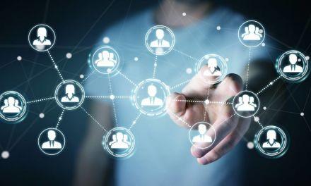 Redes sociais abrem espaço para profissionais de várias áreas