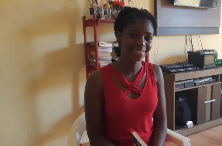 Jovem de 19 anos se torna primeira haitiana a ser aprovada na Unir, em RO