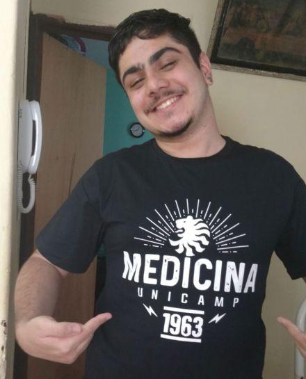 Ex-aluno da rede pública é aprovado em medicina na USP, Unesp, Unicamp e Unifesp: 'nunca achei que passaria'