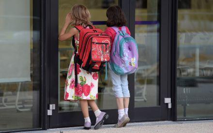 França: proibição do celular funciona em cerca de 90% das escolas