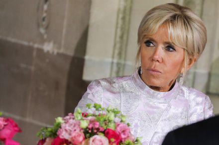 Brigitte Macron promove campanha contra bullying em escolas da França