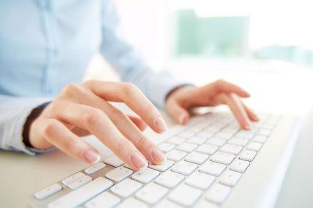 Pesquisa sobre a relação da Educação com as TICs
