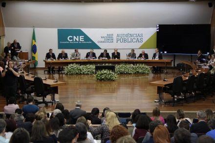 Undime participa da última audiência pública, promovida pelo CNE, para debater a Base Nacional Comum Curricular