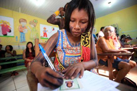 Proposta inclui na LDB ensino indígena organizado por territórios étnico-educacionais