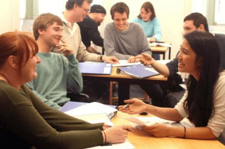 Universidade de Cambridge disponibiliza teste oral online de inglês