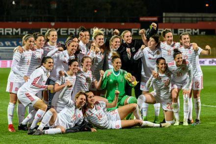 Mulheres no futebol: bolsas integrais para MBA em Indústria do Futebol na Universidade de Liverpool