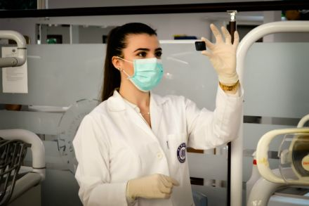 Dia do médico: 3 países em que é possível estudar medicina fora do Brasil