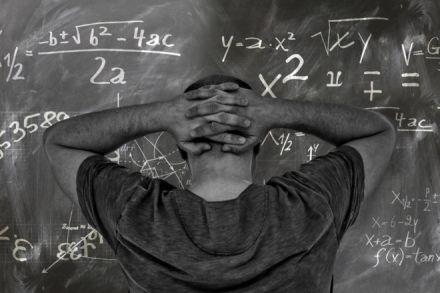 Adeus, velha matemática: pesquisadora propõe novo método de ensino para disciplina