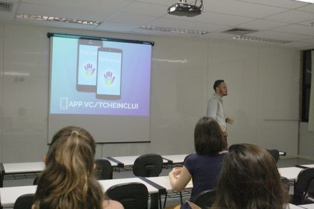Estudante cria aplicativo para inclusão nas escolas e recebe prêmio