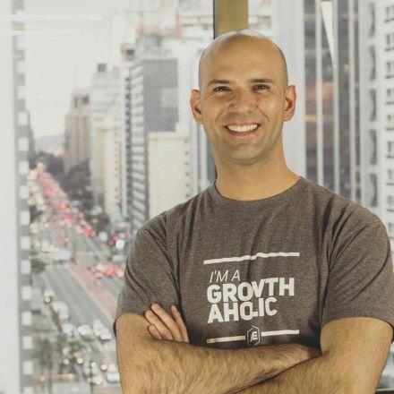 """""""Ser inovador não é comprar uma startup ou ir conhecer o Vale do Silício"""""""