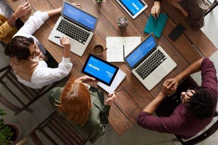 Por que a B3, a bolsa do Brasil, precisa de profissionais de tecnologia?