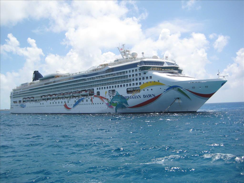 Norwegian Dawn Vs Norwegian Escape Compare Cruise Amenities Food - Compare cruise prices