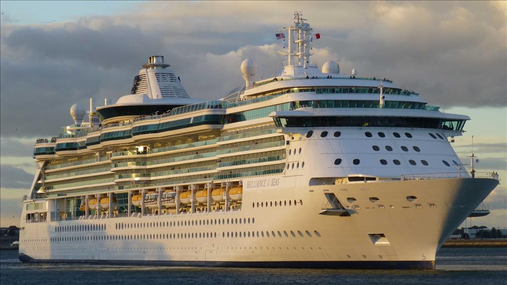 Celebrity vs royal caribbean southern