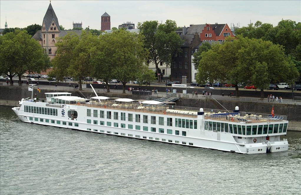 River Countess Vs River Empress Compare Cruise Amenities