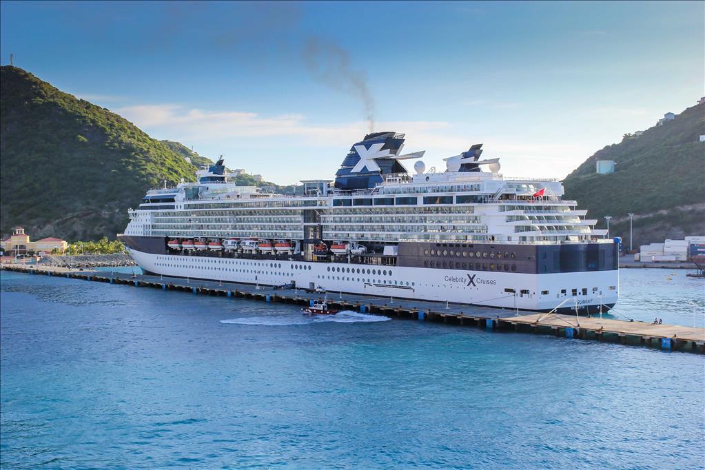 Celebrity Equinox Vs Celebrity Summit Compare Cruise