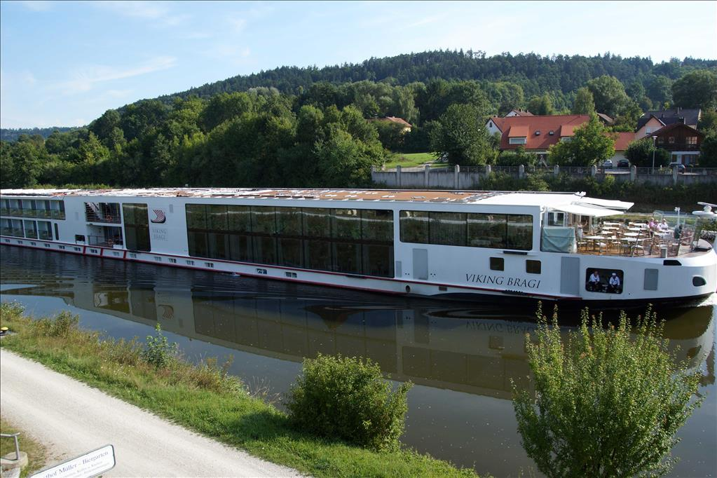 Viking Longship Bragi Vs Viking Longship Delling Compare Cruise Amenities Food Activities