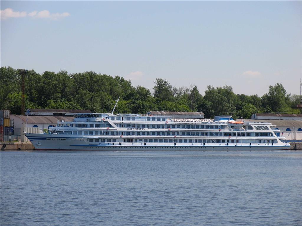 Anton Chekhov Vs Igor Stravinsky Orthodox Compare Cruise Amenities Food Activities Ship Size