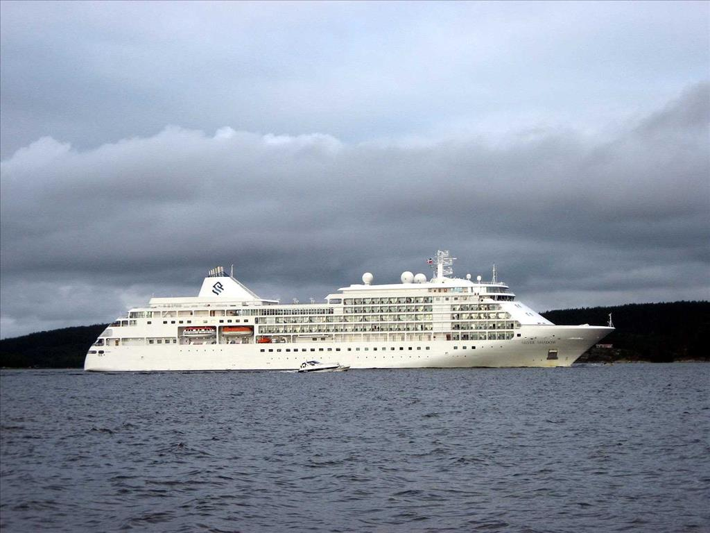 Silver Shadow Vs Silver Wind Compare Cruise Amenities Food - Silver shadow cruise ship itinerary