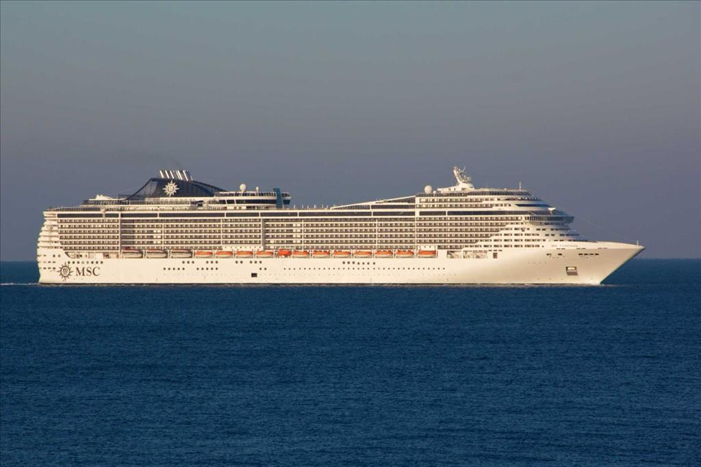 MSC Fantasia Vs MSC Opera Compare Cruise Amenities Food - Compare cruise prices