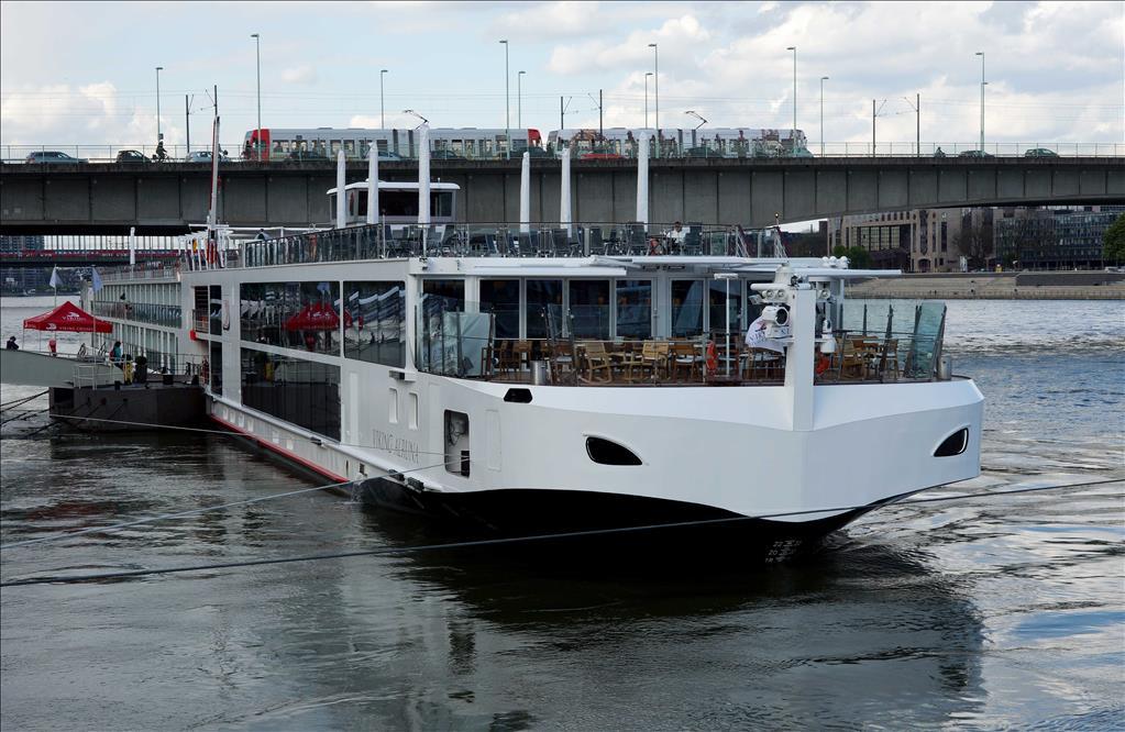 Viking Longship Alruna Vs Viking Longship Eir Compare Cruise Amenities Food Activities Ship Size