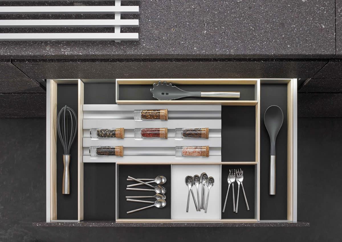 BoxTec - Light Ash spice holder, adjustable utensil storage