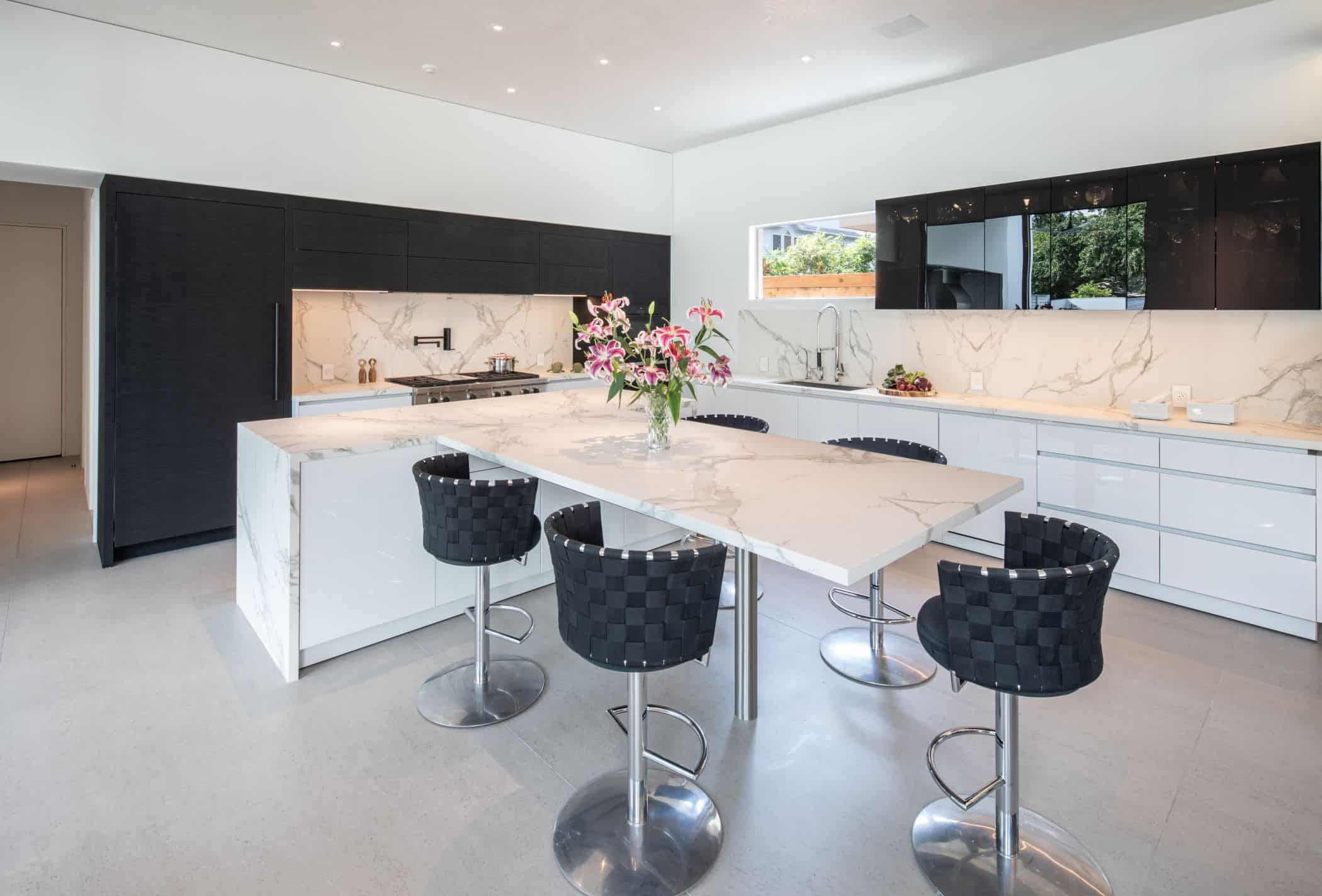 eggersmann houston black and white kitchen for an upper kirby new construction home
