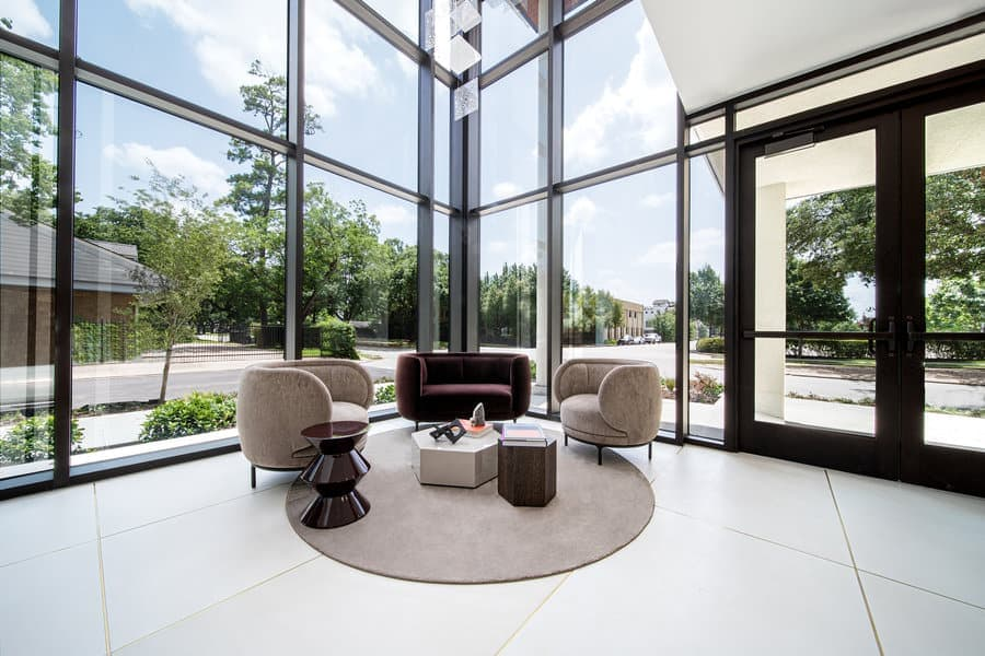 lobby seating in the mondrian luxury apartments in hermann park of houston