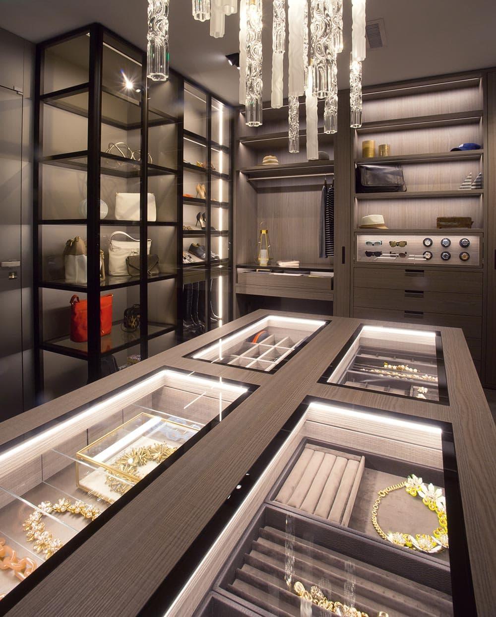 Island Jewelry Storage