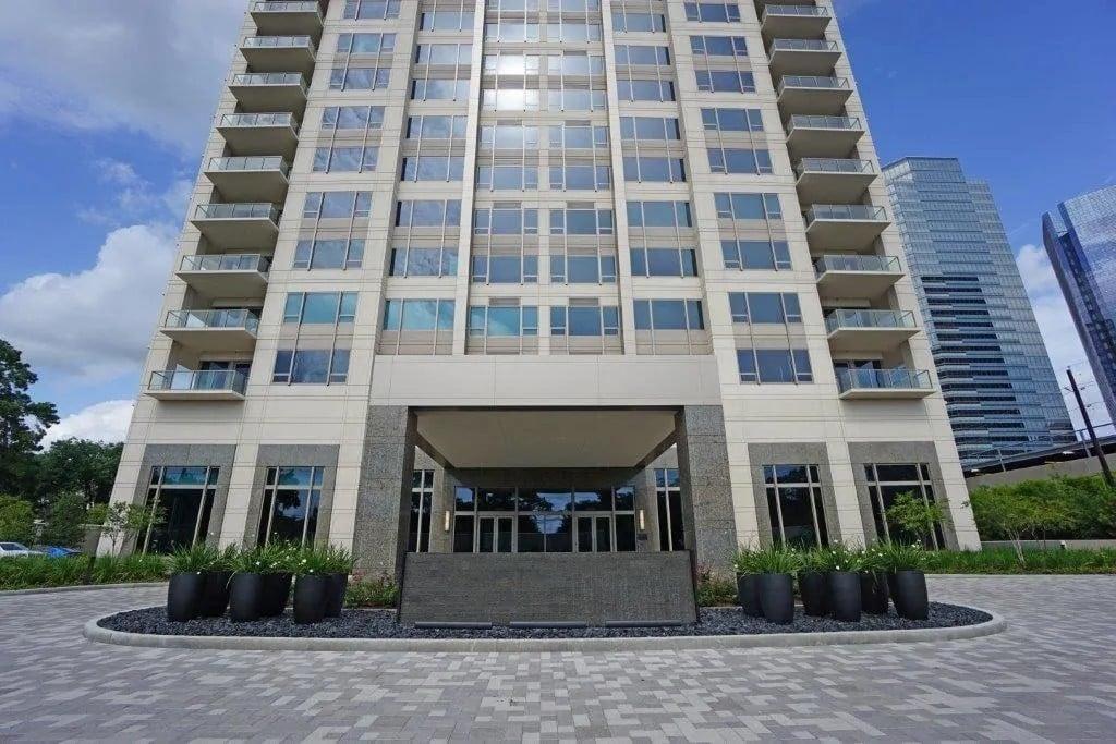 belfiore condominiums entrance