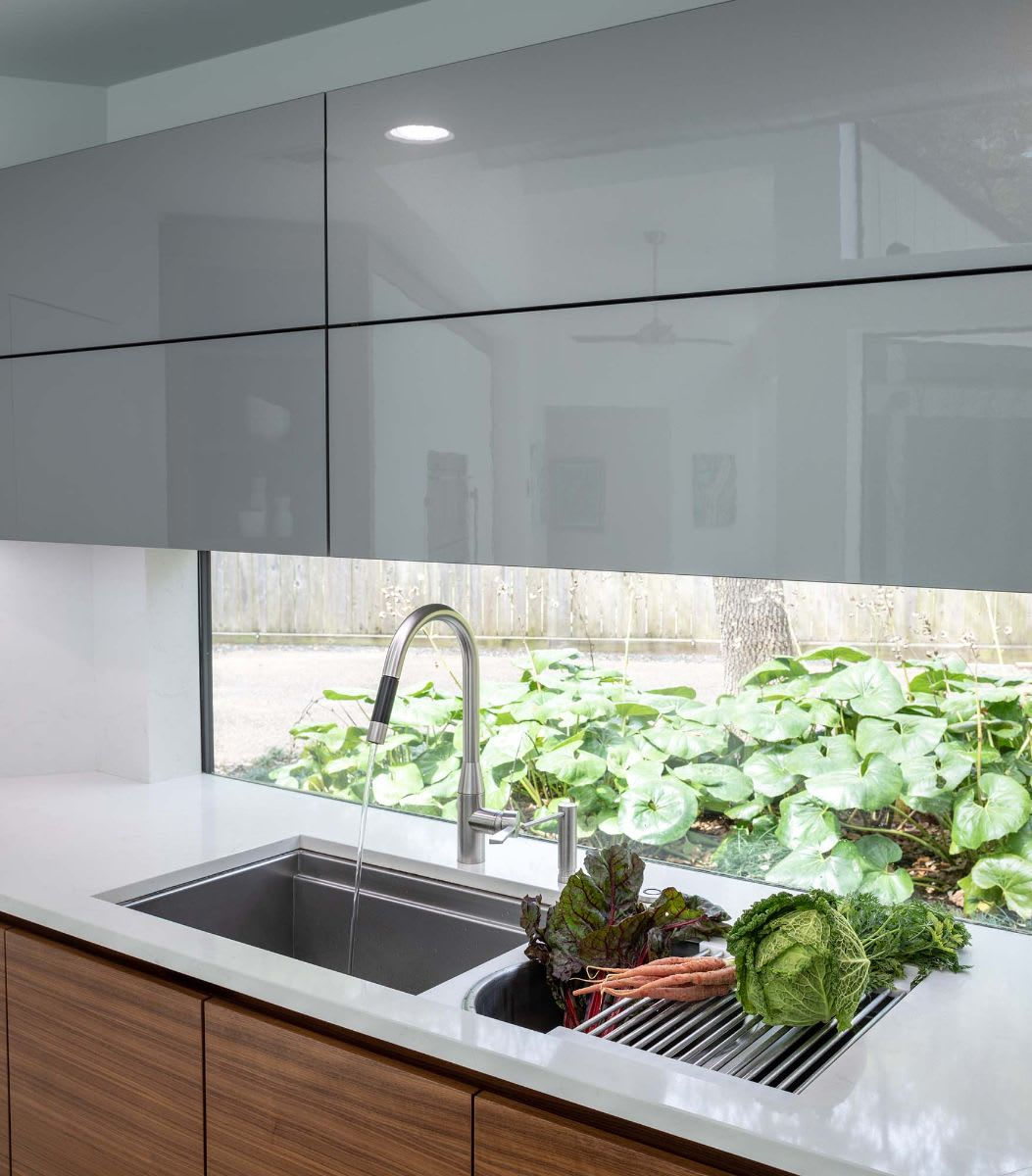 the galley sink display