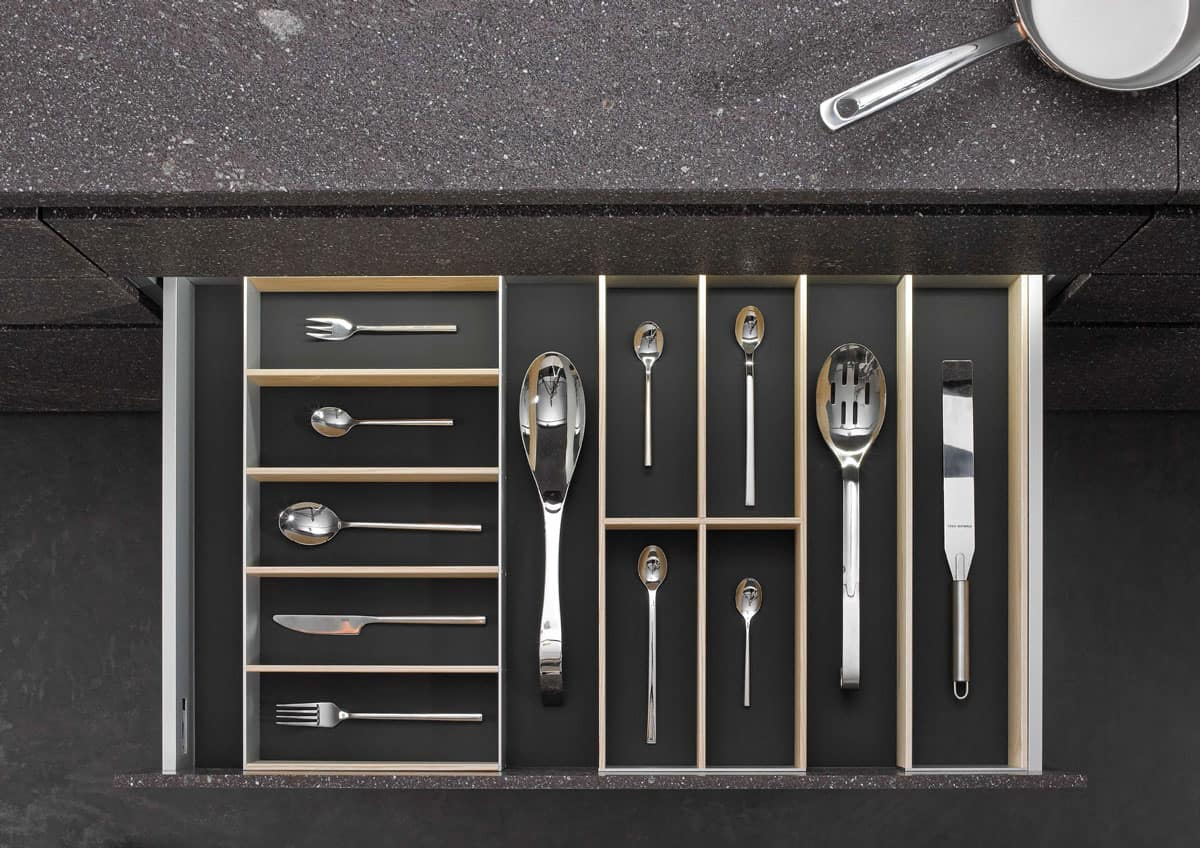 BoxTec - Light Ash utensil storage