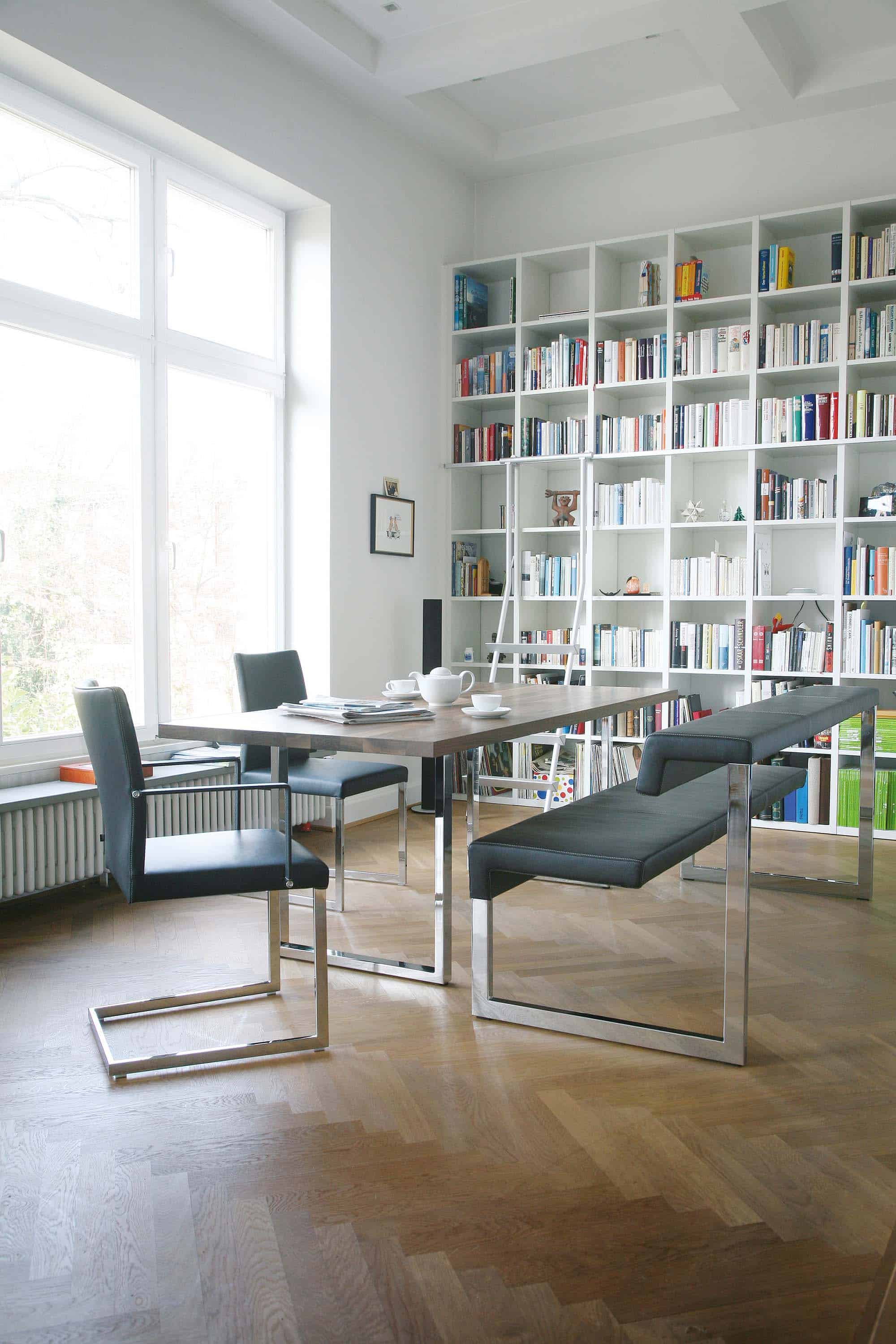 KFF Feel Chair and Gate Bench