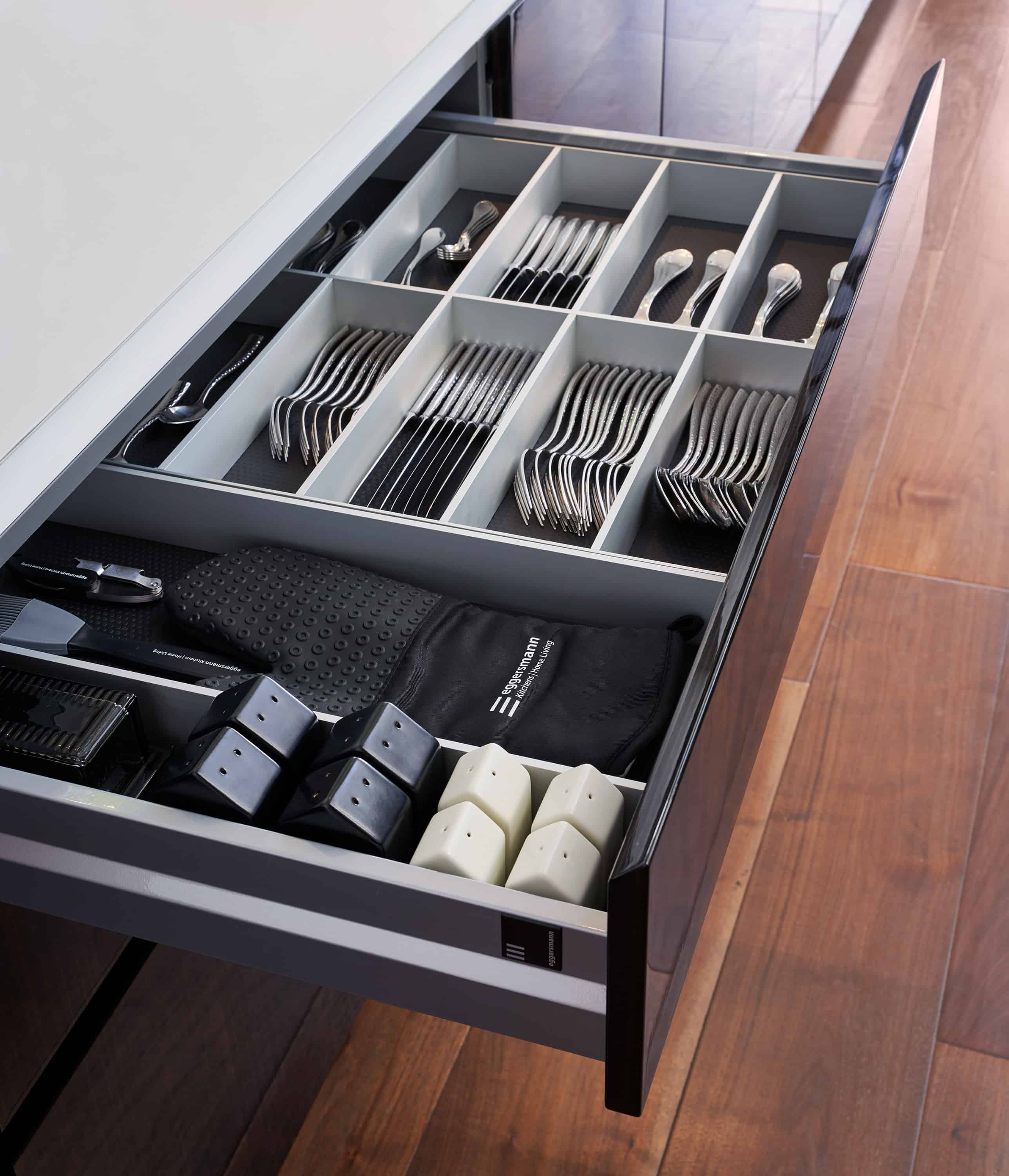 eggersmann-boxtec drawer organization accessories for silverware and dining tools