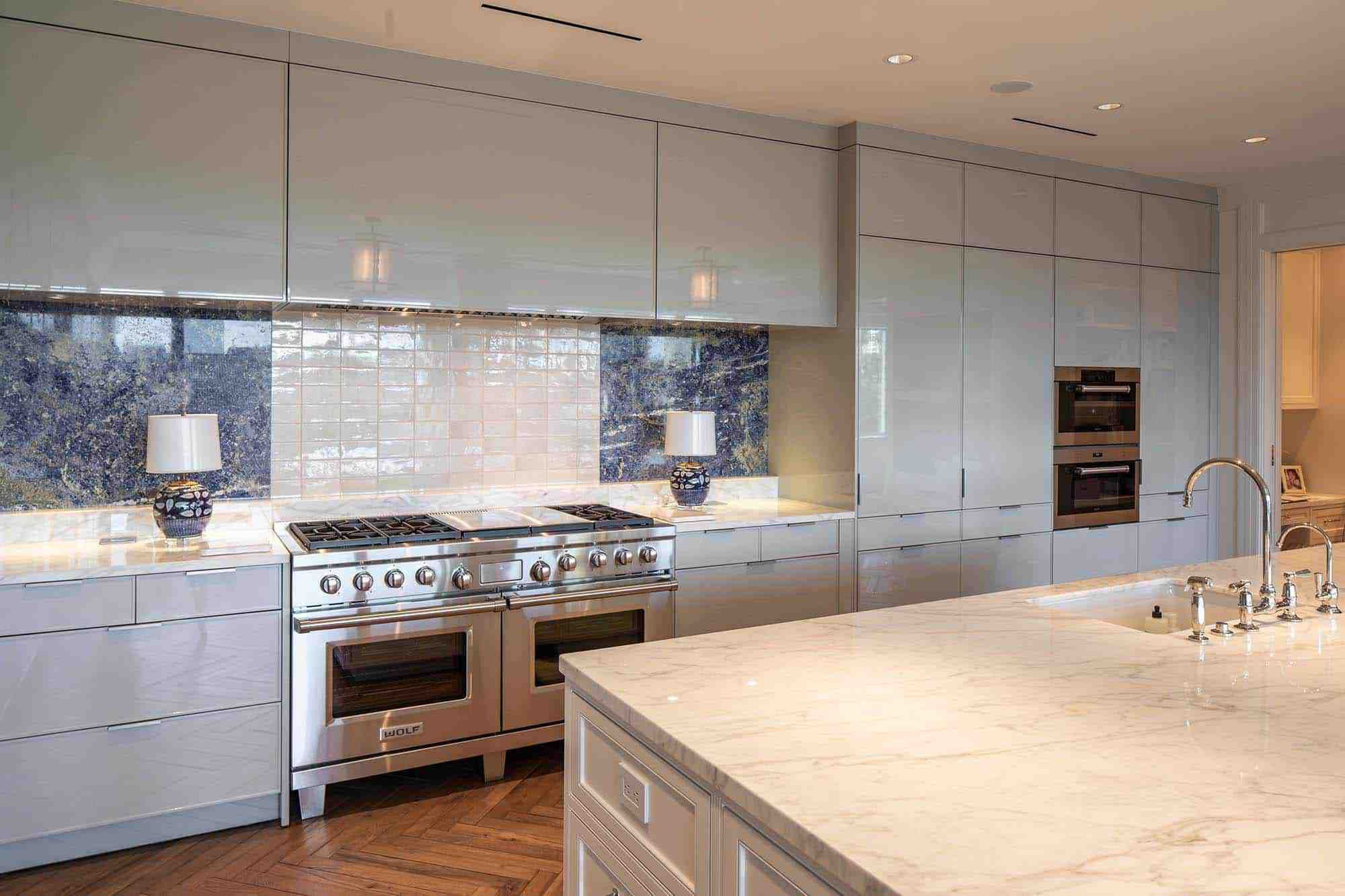 Valencia High Gloss Grey | Island by others