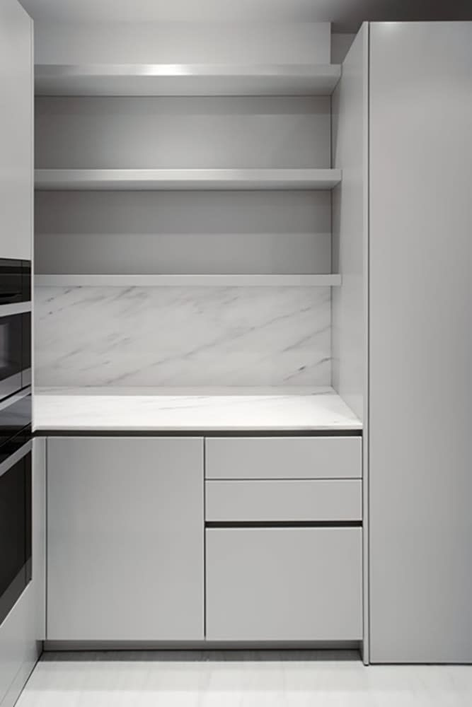 example installatino of Como Light Grey finish used for bath cabinetry by eggersmann for the parklane luxury condos in houston