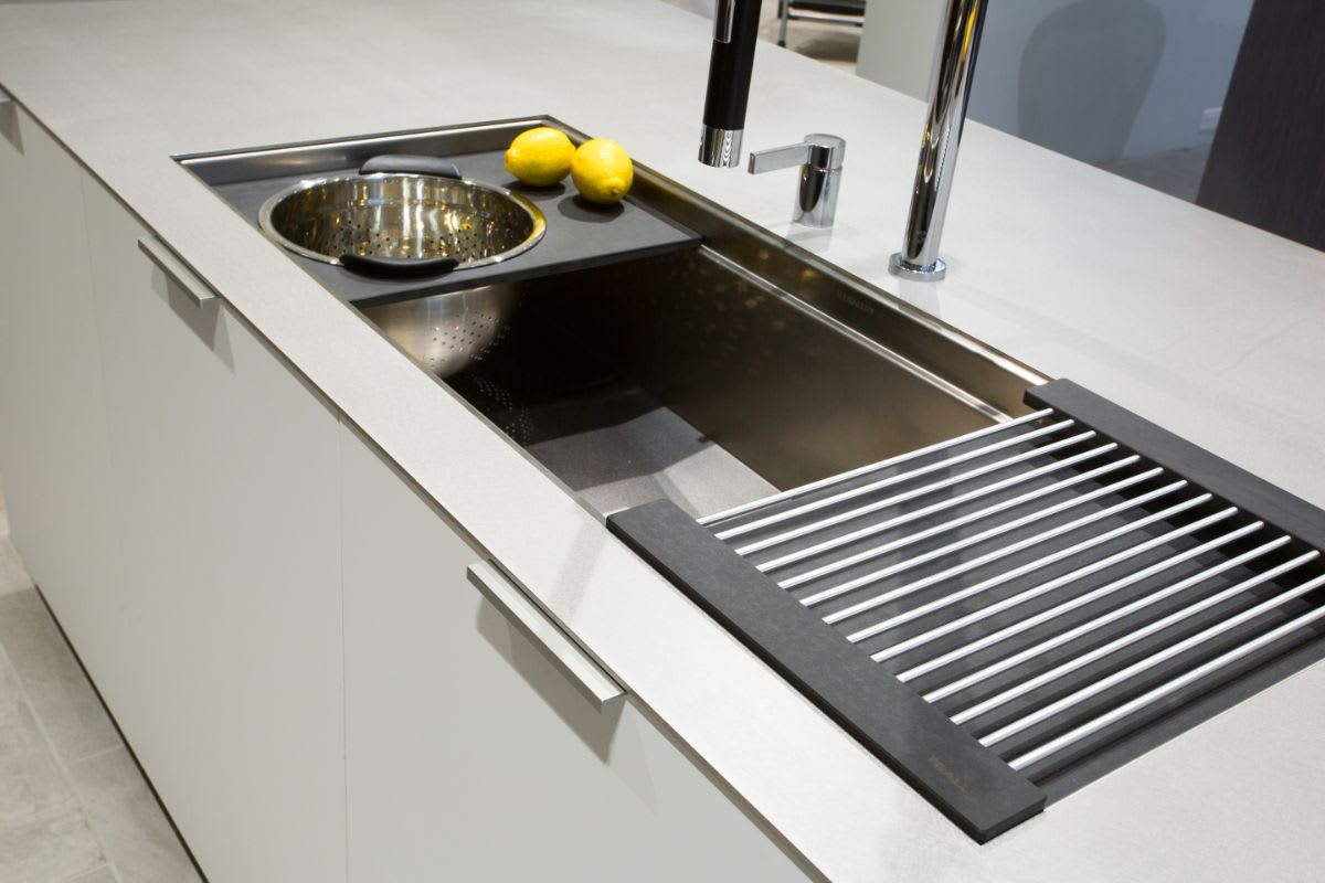 the galley sink display in the eggersmann dallas showroom